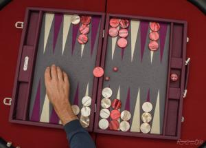 Photo d'un jeu de backgammon