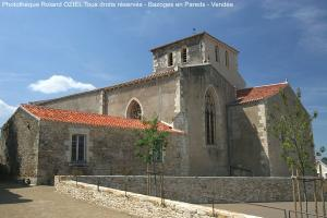 Photo Eglise Bazoges en Pareds