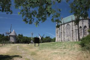 Photo chapelle moulins monts des alouettes les herbiers