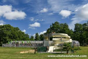 Photo de camping avec parc aquatique