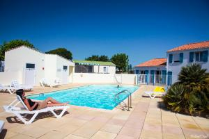Photo camping saint jean de monts piscine le Logis Vendée
