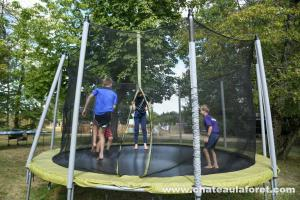 Photo trampoline en Vendée