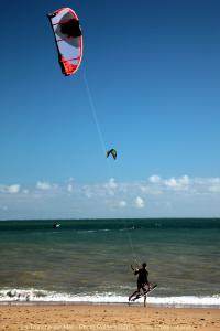 Photo kitesurfeur au démarrage