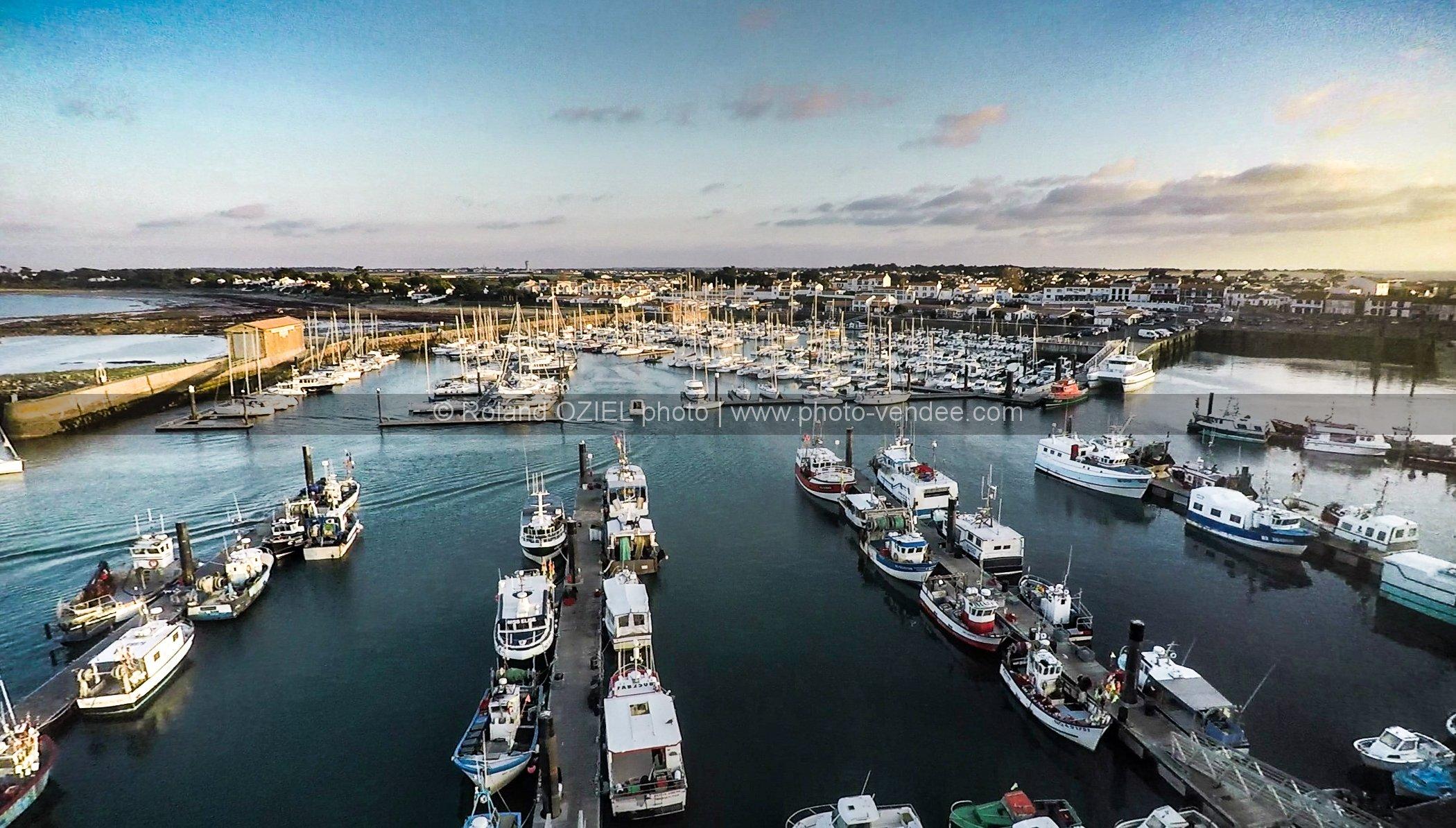 Photo a rienne du port de l 39 herbaudi re photo vend e - Galerie du port noirmoutier ...