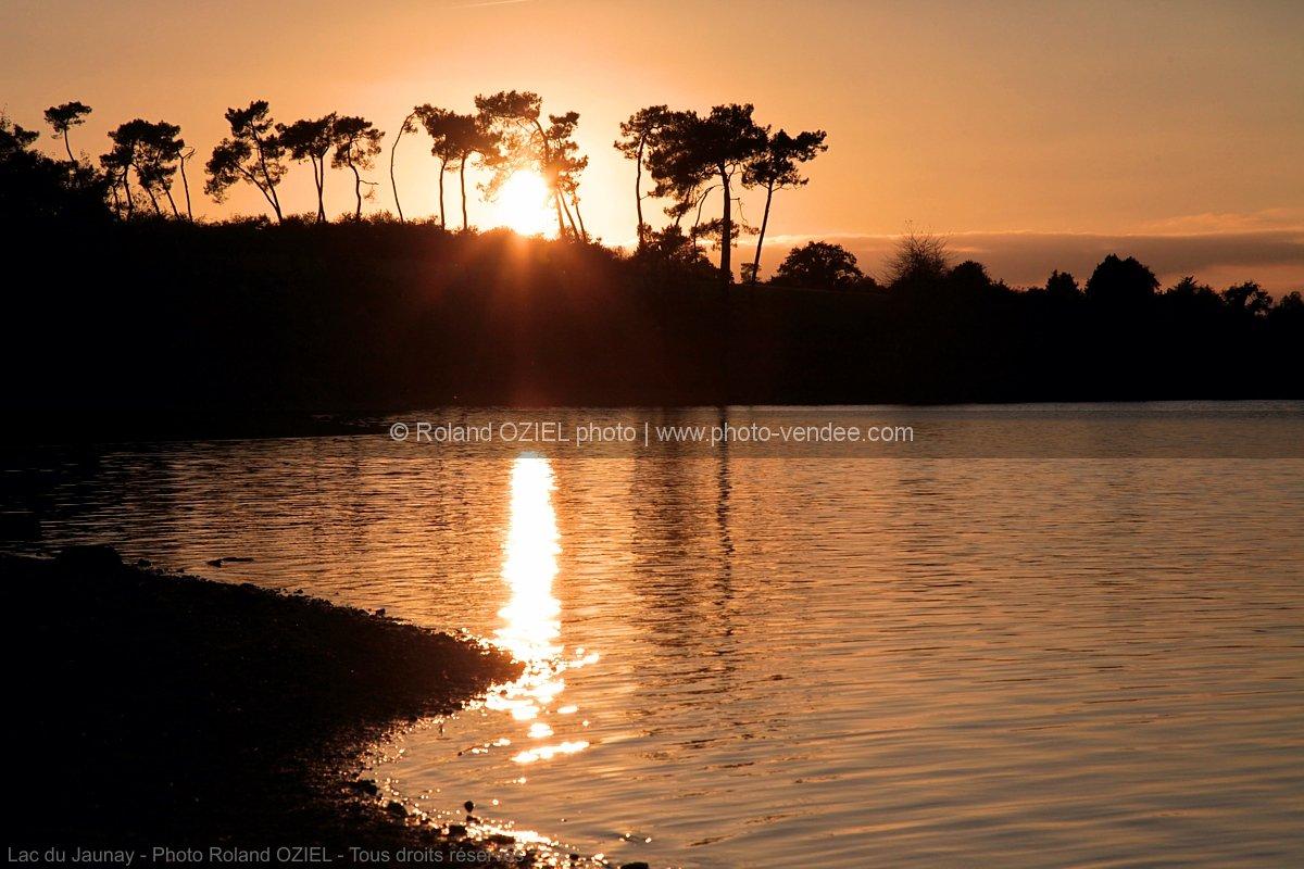 lac coucher de soleil - photo #21