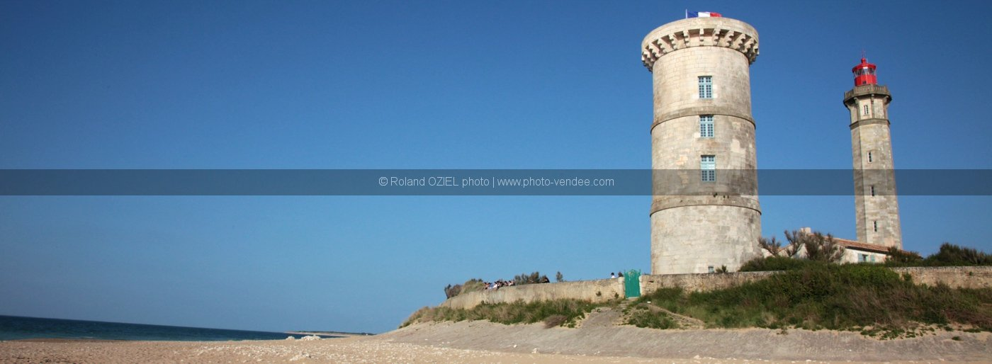 Photo du phare des baleines avec la plage