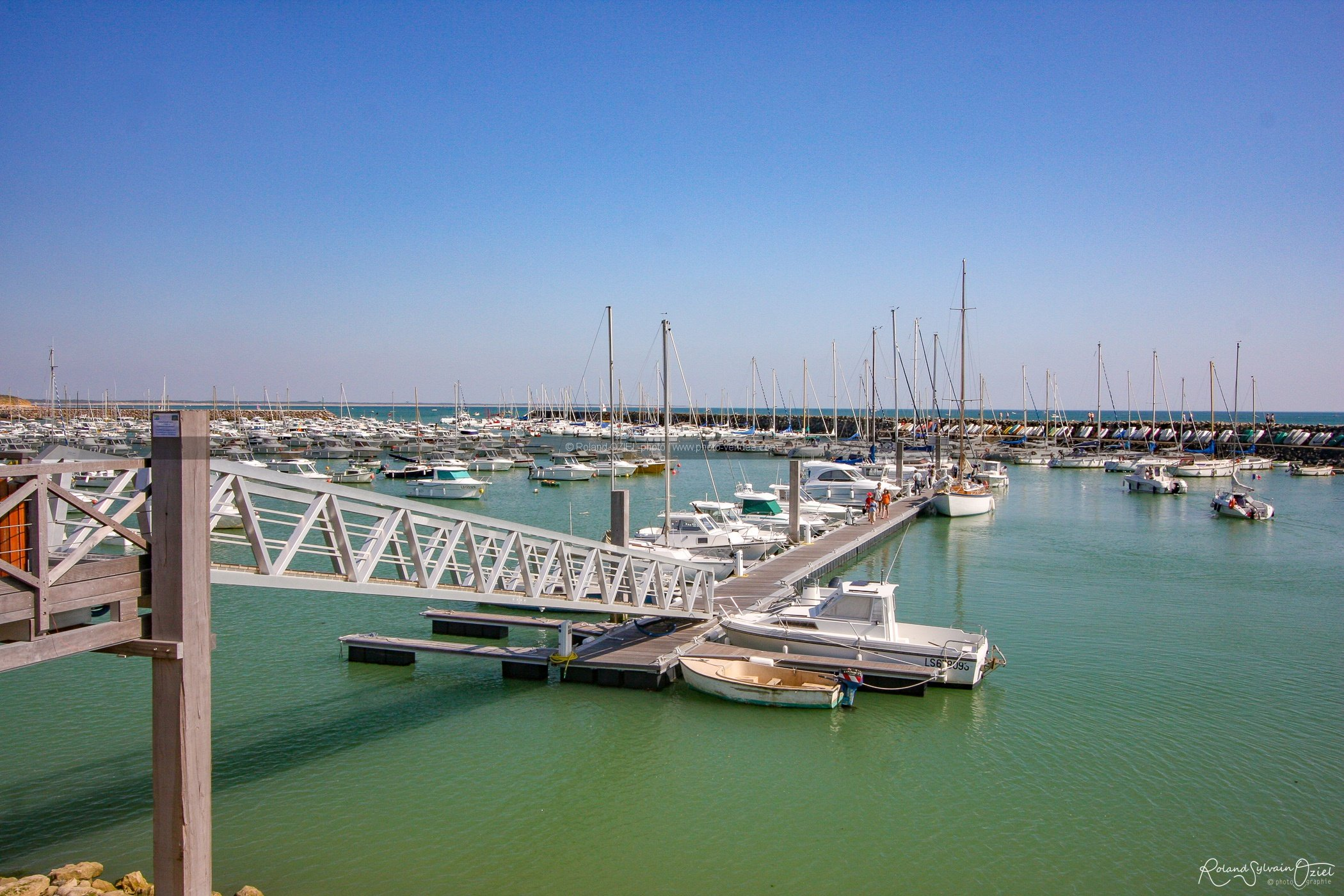 Photo d'un ponton du port de jard sur mer en Vendée