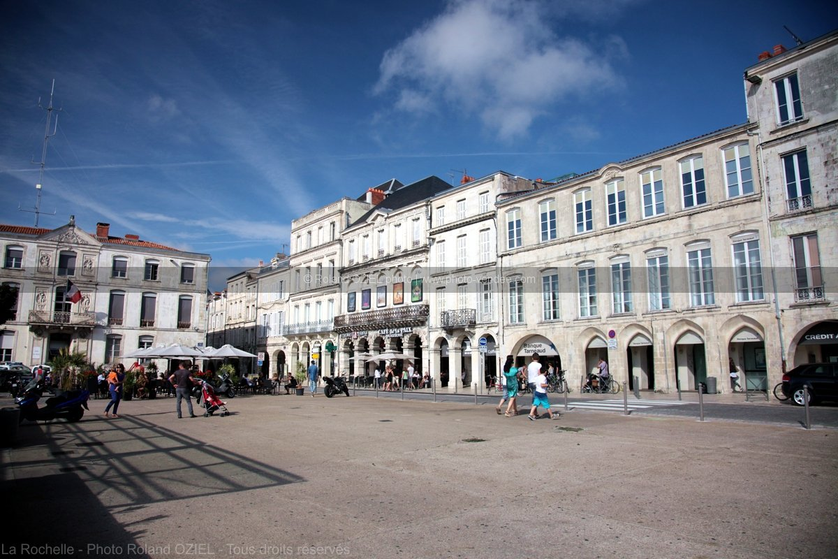 Photo de la place de verdun de la rochelle